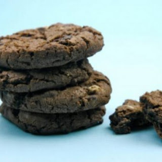 Chocolate Cookies Get a Clean Eating Makeover
