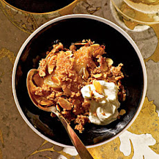 Pear Crisp with Amaretti Topping
