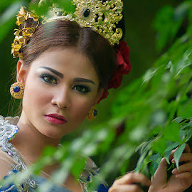 Beauty Go Green by Amin Basyir Supatra - People Portraits of Women ( bali, fashion, girl, beautiful, beauty, portrait )
