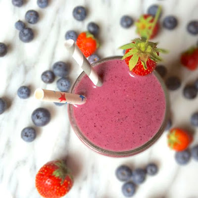 PB&J Oatmeal Smoothie