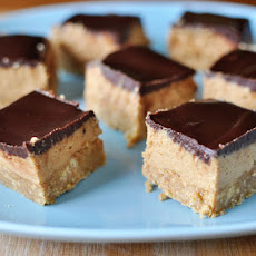 No-Bake Peanut Butter Chocolate Bars
