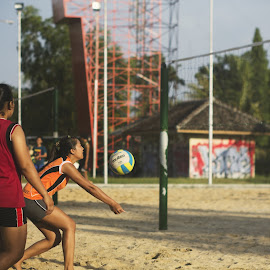by Milan Holic - Sports & Fitness Other Sports ( student, teen, volleyball, practice, sport, women )