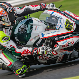 Shane BYRNE by Jonathan Henchman - Sports & Fitness Motorsports ( rider, motorbike, speed, racing, superbike, motorcycle, shakey, motorsport, close up,  )