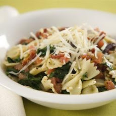 Spinach, Pine Nut And Basil Pasta Salad
