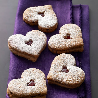 Tate's Linzer Heart Cookies