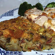 Bread Stuffing With Mushrooms and Bacon