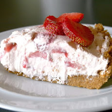 Chillin' Strawberry Pie