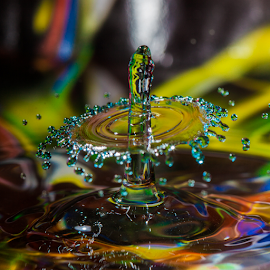 waterfun by Wim Moons - Abstract Water Drops & Splashes ( waterdrop, splashes, abstrakt, colorfull )