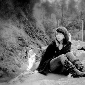 by Didik Baen - Black & White Portraits & People
