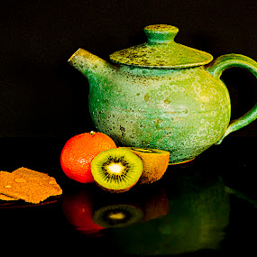 Tea Time by Sue Matsunaga - Novices Only Objects & Still Life