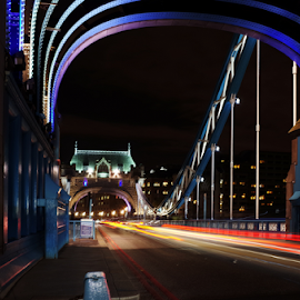 Tower Bridge by night by Mike Bing - City,  Street & Park  Night ( london, tower bridge, long exposure, night, bridge )