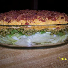 Delicious 7 Layer Salad