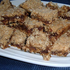 Date-filled Oatmeal Bars