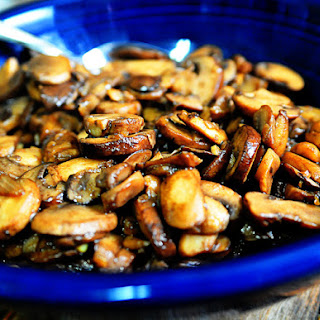 Simple and Delicious Mushroom Sauté