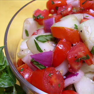 Healthy Cucumber-Tomato Salad