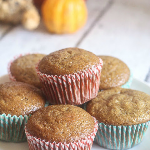 Pumpkin Gingerbread Muffins