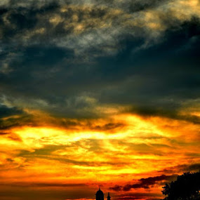 The Sun Sets on the Political Capital by Abhishek Shirali - Landscapes Sunsets & Sunrises ( , Lighting, moods, mood lighting )