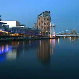 Salford Quays by Bob Rawlinson - Buildings & Architecture Office Buildings & Hotels ( salford quays )