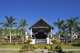 Radisson Blu Fiji Entrance