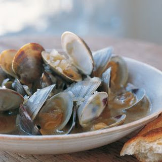 Clams Steamed in Ale