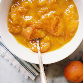 Fresh Apricot Compote with Vanilla Bean