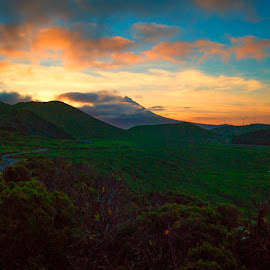 MOUNTAIN PICO by José Feliciano - Landscapes Sunsets & Sunrises