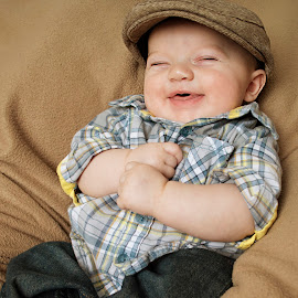 Happy by Sabrina Snider - Novices Only Portraits & People ( baby portrait, laugh, infant photography, happy, baby boy )