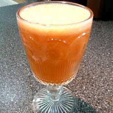 Get Moving Juice (Carrot, Apple and Ginger)