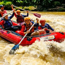 Yihuuuyy ! Rafting by OC Andoko - Sports & Fitness Watersports ( watersport, adventure, waterrodeo, fun, river )