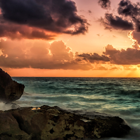 Sunrise  at Tulum by Cristobal Garciaferro Rubio - Landscapes Waterscapes ( clouds, shore, waterscape, waves, sunrays, sea, beach, rocks, rays, sun )