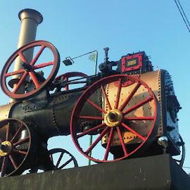 Old steam wagon by Ign Hadi - Transportation Trains (  )