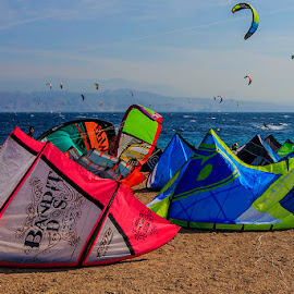 Kitesurfing by Jim Cunningham - Sports & Fitness Surfing