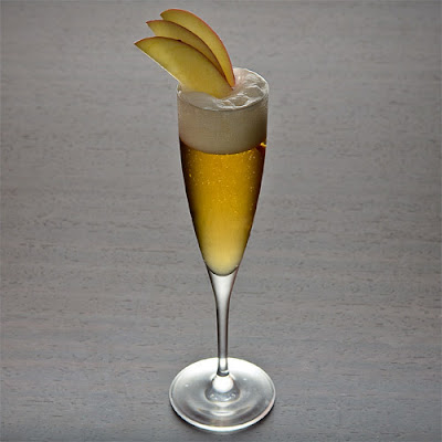 Basil Hayden's Apple Bubbly