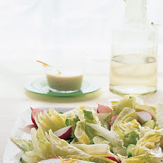 Iceberg Salad with Creamy Honey Dressing