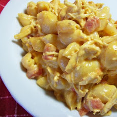 One Dish Spicy Chicken Macaroni and Cheese ( or Ham)