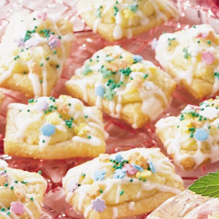 Almond Crescent Puffs