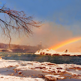 The Rainbow Bridge at Toronto Niagara Falls by Leka Huie - Landscapes Travel (  )