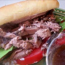 Easy Slow Cooker Roast Beef Sandwiches