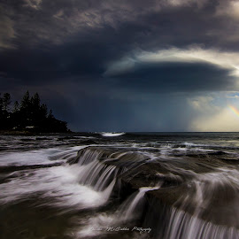 **Spaceship** by Damian Mccudden - Landscapes Weather ( sunshine coast, canon, qld, spaceship, thunderstorm, waterfall, supercell, landscape, nature, australia, weather, tokina, rainbow )