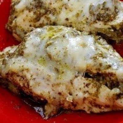 Mozzarella & Pesto Chicken In A Crock Pot