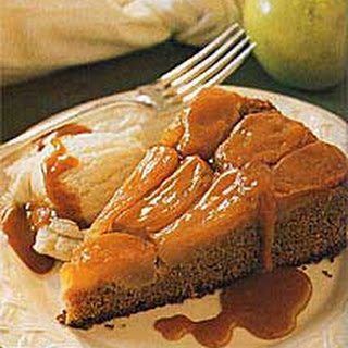 Winter Spice Cake with Caramelized Apple Topping
