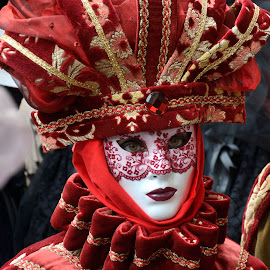 Red Mask by Bruno Brunetti - People Musicians & Entertainers ( february, carnival, 2015, venice, red mask )