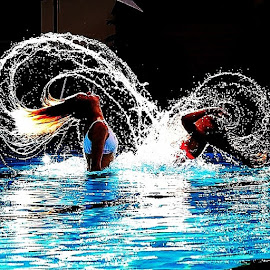 by Per Ove Haddal - Sports & Fitness Watersports ( water, fun, play, hair, heart, pool, instatements, hochiminh, hochiminhcity )