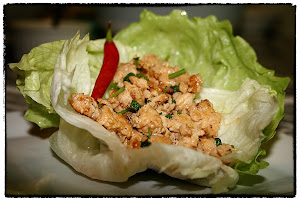 Asian lettuce wraps with spicy chicken
