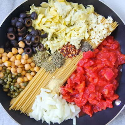 One Pot Spaghetti Alla Puttanesca with Chickpeas & Artichoke Hearts