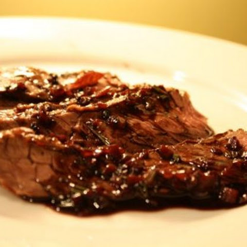 Skirt Steak with Red Wine Sauce