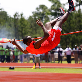 Not every jump is a winner by James Mathews - Sports & Fitness Other Sports ( track, high jump )