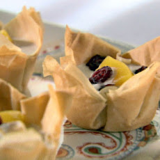 Spiced Peaches and Cranberries in Phyllo Cups