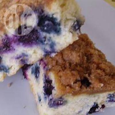 Sugar-Free Blueberry Crunch Cake