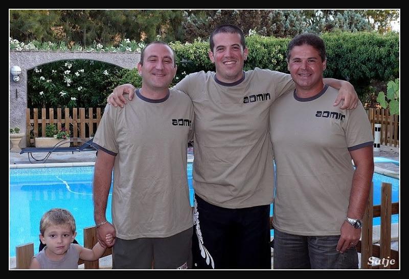 tee-shirt à l'effigie du forum / VOTE - Page 3 P1040961